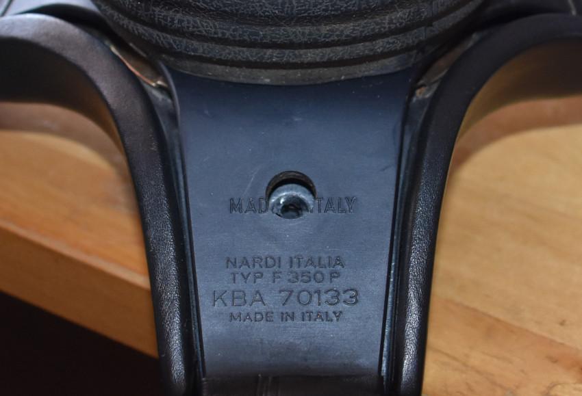 Pralltopfsicherung am 20V-Lenkrad